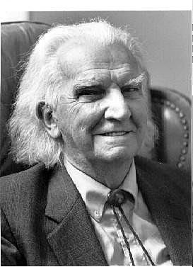 Kenneth Bouling : Teoria empirica general