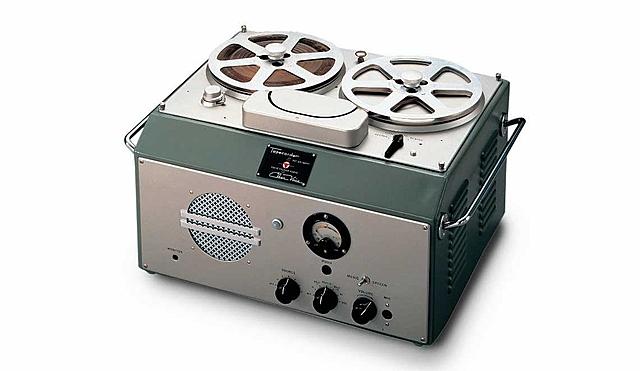 Первый ленточный магнитофон.