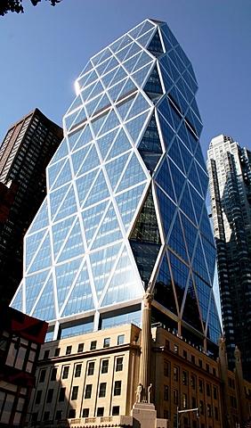 Torre Hearst: 1º rascacielos de oficinas ecológico en Nueva York. (Cercano a Columbus Circle).