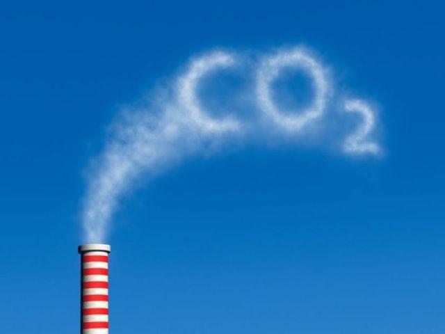 Υπογράφεται το Πλαίσιο Συμφωνίας για την Κλιματική Αλλαγή των Ηνωμένων Εθνών (UNFCCC) κατά την Παγκόσμια Διάσκεψη Κορυφής στο Ρίο. Ο πρωταρχικός στόχος της είναι η σταθεροποίηση των αερίων του θερμοκηπίου, ώστε να αποφευχθεί η αλλαγή του κλίματος.
