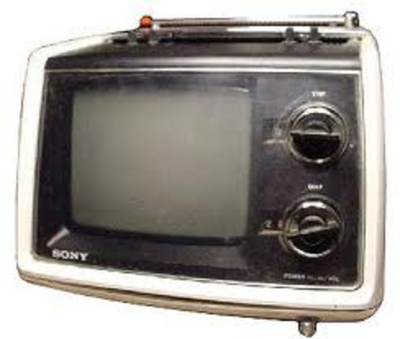 """Sony introduces the first """"solid-state"""" TV set"""