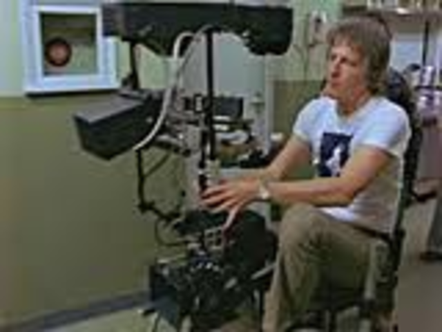 Garrett Brown invents the gyroscopic Steadicam