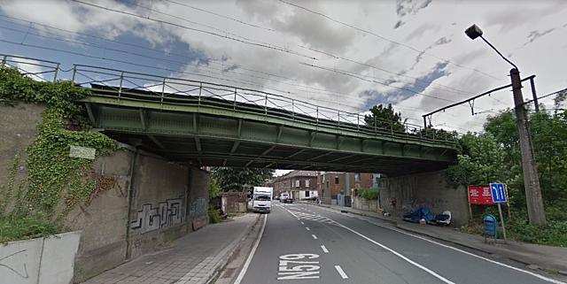 Pont du Creusot, Charleroi