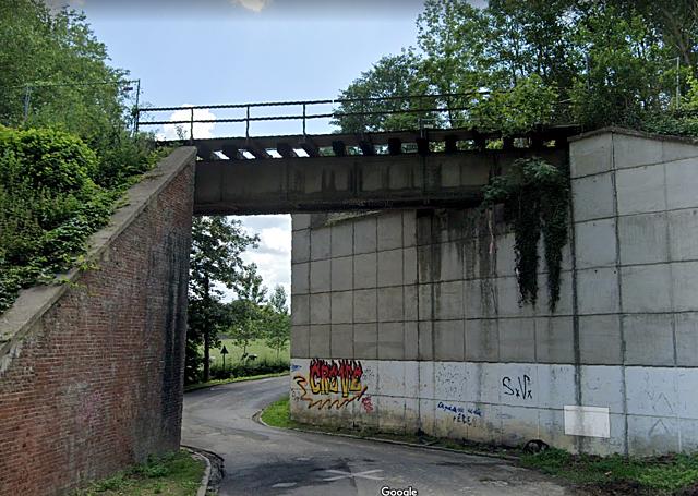 Pont de la rue d'Henripont, Ecaussines