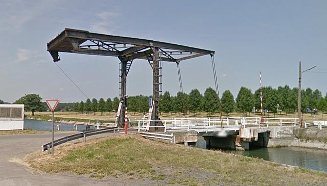 Pont-levis de la route du Roeulx, Le Roeulx