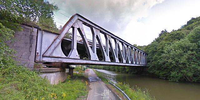 Pont-rail 9, Thuin