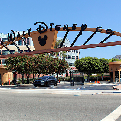 История создания Walt Disney Company timeline
