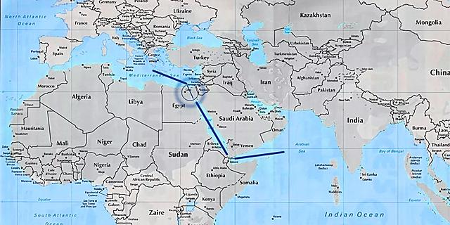 Completamento canale di Suez