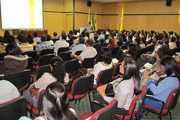 La ANUIES y la UNAM organizan un Seminario para coadyuvar al proceso de planeación.