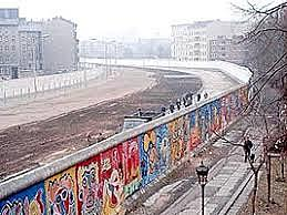 Rise of the Berlin Wall