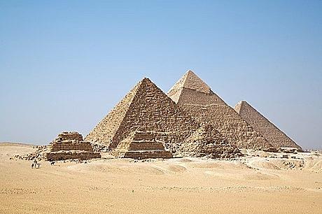 va anar a Egipte amb el seu germà i la seva dona