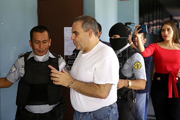 Condenan por corrupción al expresidente Elías Antonio Saca