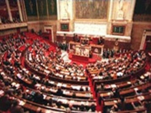 Assembléia decretou a supressão das isenções de impostos e o fim dos direitos feudais