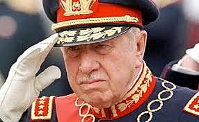 Pinochet es designado jefe de Estado de la Nación - Chile