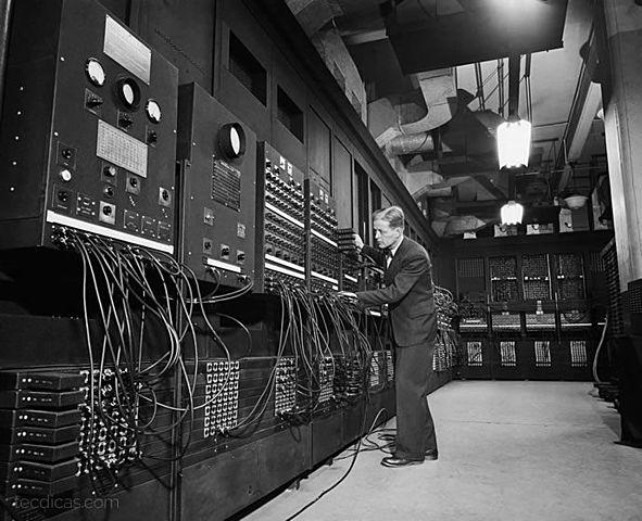 Computador ENIAC de 1945