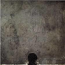 Forma negra sobre cuadro gris