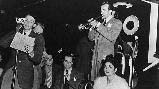 Sinatra: Orquesta de Harry James (1939-1940).