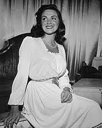 Kitty Kallen. (1921-2016).