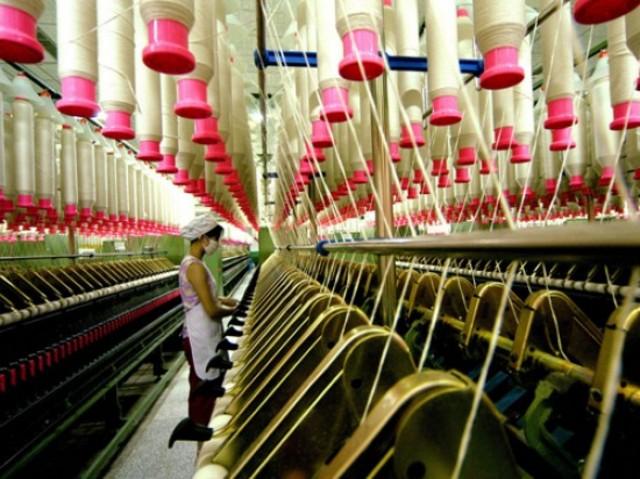 La industria textil de la lana en Gran Bretaña y la industria química enAlemania inician el uso de experimentos diseñados para el desarrollo deproductos y procesos.