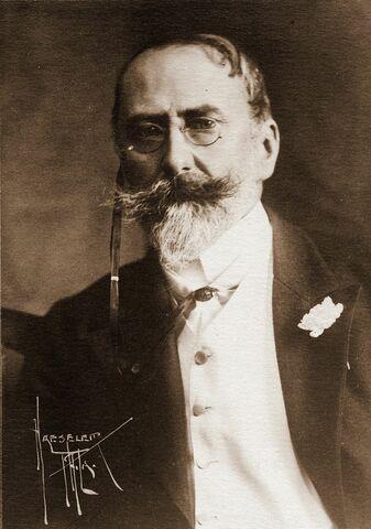 William Merritt Chase. (1849-1916).