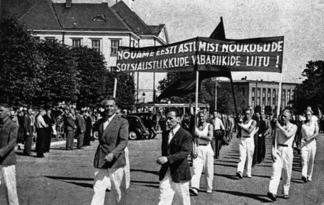 Eesti langes Nõukogude Liidu võimu alla.