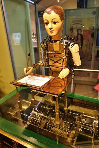 Automate dessinateur et écrivain de maillardet