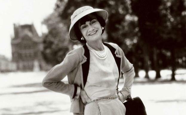 Coco Chanel. (1883-1971).