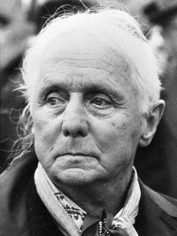 Max Ernst. (1891-1976).