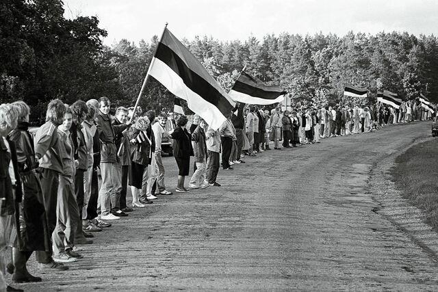 Eesti vabariigi taastamine