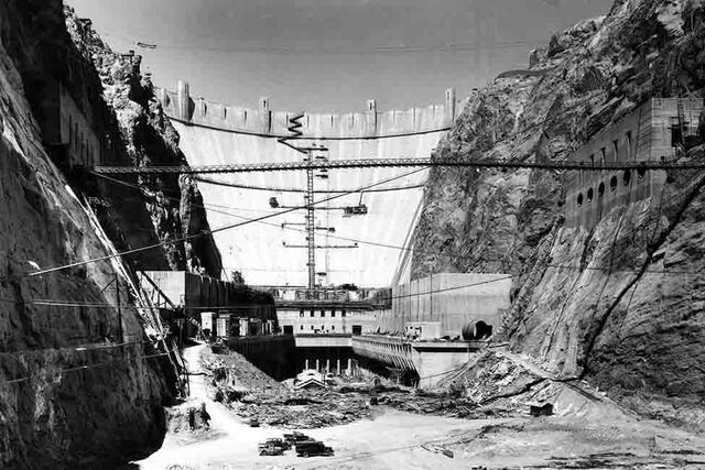4 Hoover Dam Building Begins
