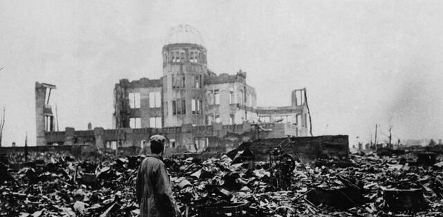 Se lanzan dos bombas atómicas en Japón: Hiroshima y Nagasaki
