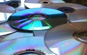 LANZAMIENTO DE LOS CDs