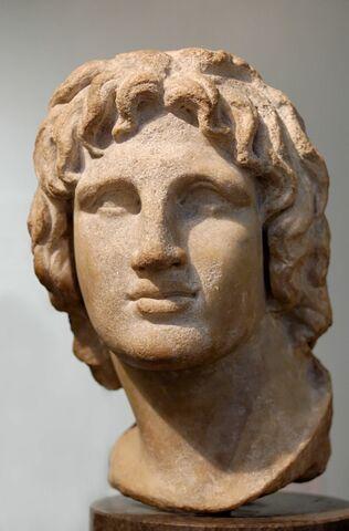 Alejandro Magno se hace rey de Grecia