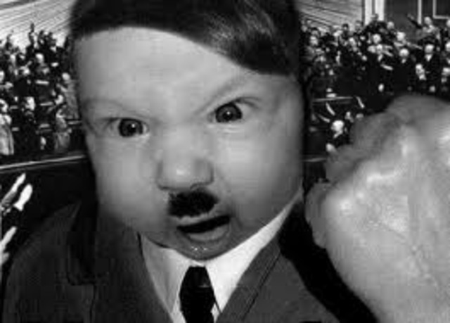 (OMG!!!!!) Adolf Hitler