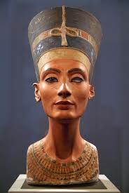 busto della regina Nefertiti