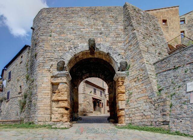 Porta all'Arco di Volterra