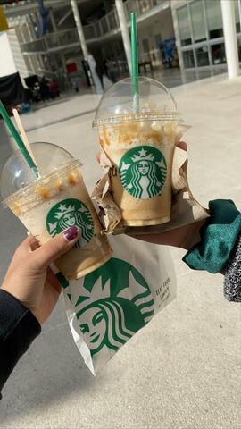 Starbucks con Alondra