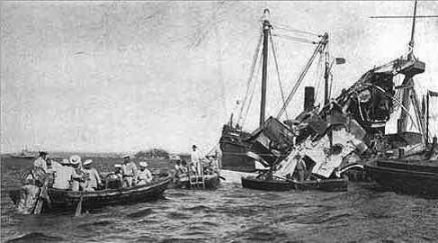 Paz de París: derrota española (pérdida de Cuba, Filipinas y Puerto Rico).