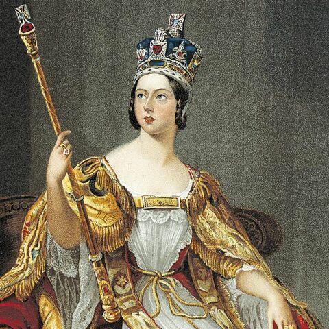 Queen Victoria is Corrinated
