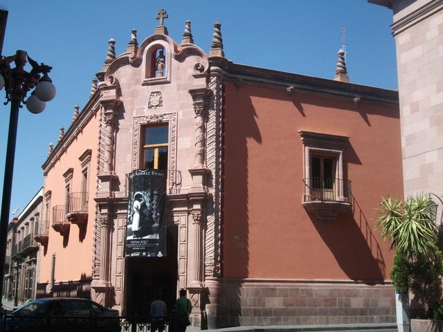 La Caja Real de Guadalajara engrosó beneficios, aumentando, por ejemplo, al doble sus ingresos entre 1770 y 1800.