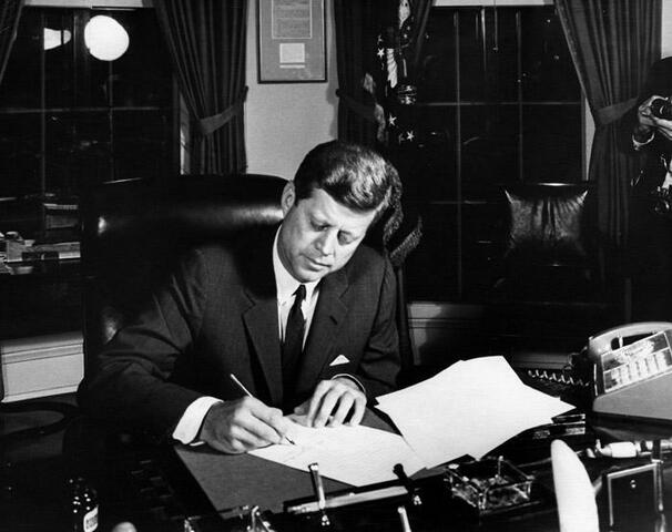 Kennedy Issues Executive Order 10914