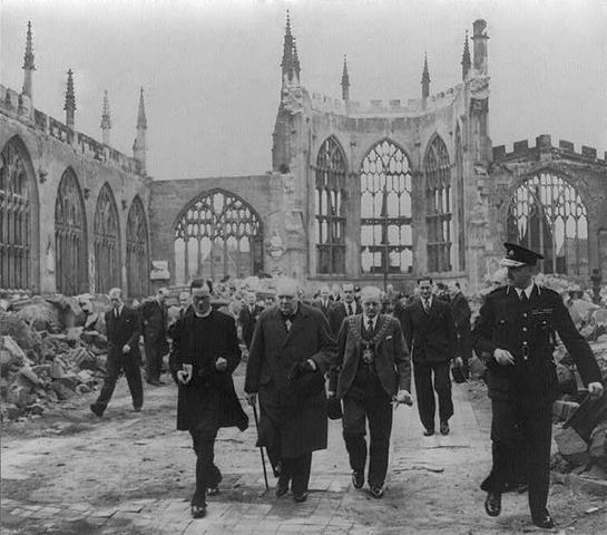 Bombardamento di Hitler contro l'Inghilterra