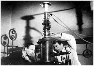 The First Transmission Electron Microscope