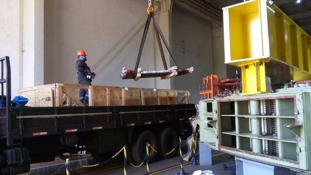 Envio de 532 barras roebel p/ fábrica Insight