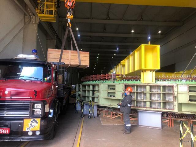 Recebimento das 24 barras em planta UHE Volta Grande
