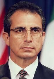 Ernesto Zedillo Ponce de León es Presidente de la República.