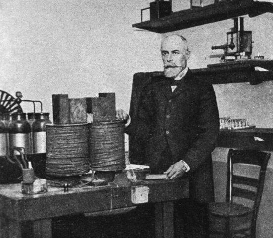 Radiactividad natural y artificial.  Antoine Henri Becquerel
