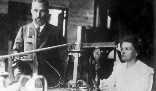 1898 Radioactividad Natural y Artificial