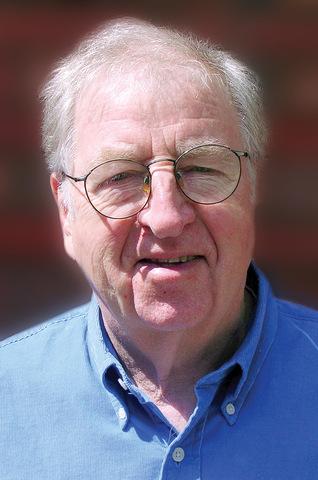 ROBERT E. STAKE