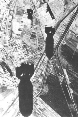 Gli alleati bombardano le linee ferroviarie intorno Napoli per rallentare i rinforzi verso la Sicilia